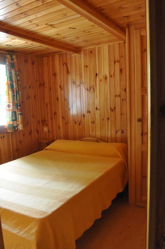 Habitación Doble Euro Bungalow con Buhardilla | Camping Jaranda
