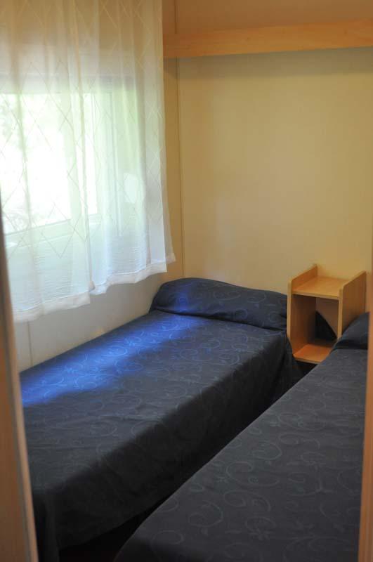 Habitación camas individuales Mobilhome 2 dormitorios