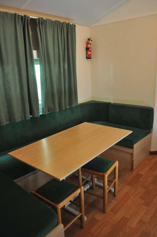 Salón-comedor Mobilhome 2 dormitorios